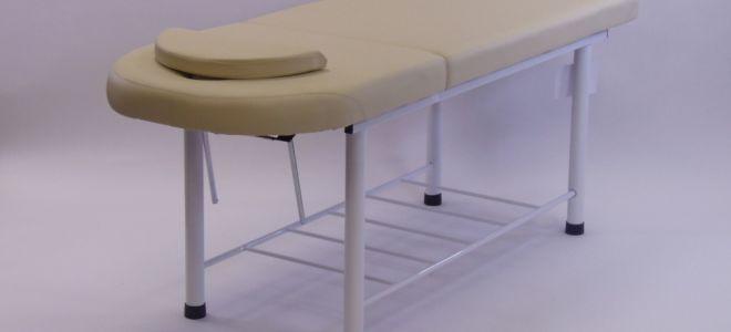 Стационарные кушетки — преимущества этой незаменимой мебели в салоне