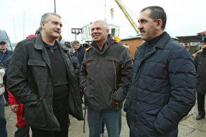 Яхта с командой Евкурова победила в Севастопольской регате