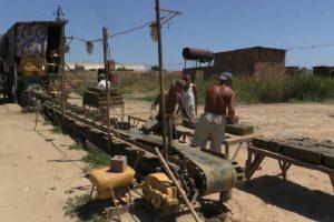 Рабы, трудившиеся на Каспийском заводе, освобождены