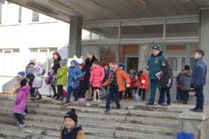 Мальчик пошутил - школу эвакуировали